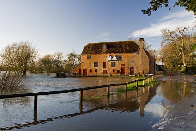 Jan 2014: flooding at White Mill (2)