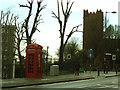 TQ4177 : K2 phonebox in Charlton Village by Stephen Craven