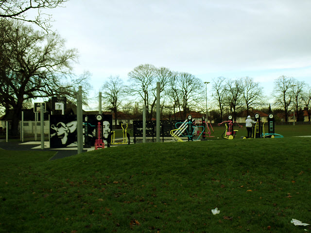 Outdoor Gym in Charlton Park (2)
