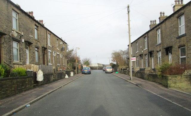 Pear Street - looking towards Hopwood Lane