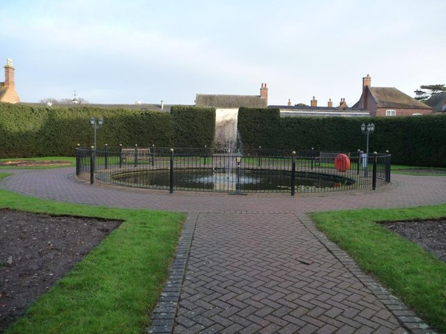 Walled garden, Wychnor Park Country Club [2]