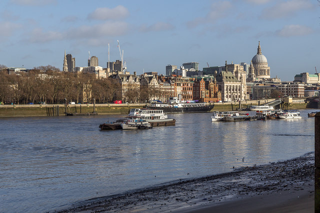 Low Tide on The Thames, London SE1