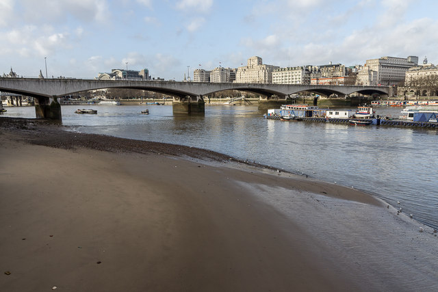 Thames-side Beach, South Bank, London SE1