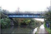TQ2182 : Bakerloo Line crosses Grand Union Canal by N Chadwick