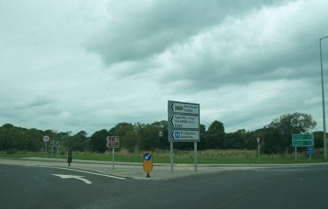 The A420 at the Ardan Roundabout, Tullamore