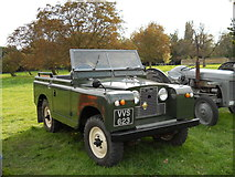 TF1505 : Vintage Land Rover at Manor Farm, Glinton by Paul Bryan