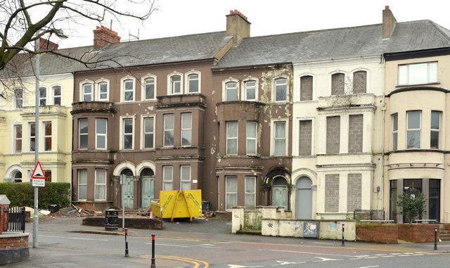 Nos 72-78 Wellington Park, Belfast - 2014 (4)