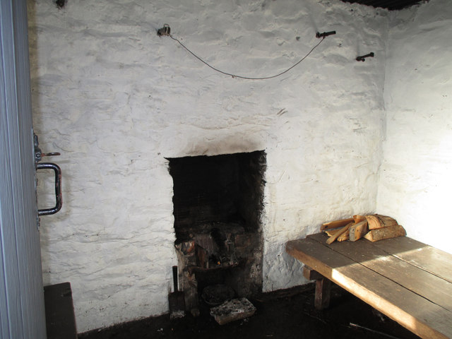 Inside the bothy at Llyn Arenig Fawr
