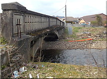 SS8983 : East side of Heol Persondy river bridge, Aberkenfig by Jaggery