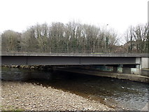 SS8983 : A4063 bridge over the Ogmore River in Aberkenfig by Jaggery