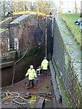 SO9969 : Worcester & Birmingham Canal - lock No. 58 by Chris Allen