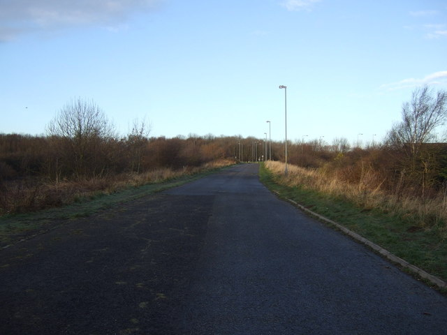 Track towards the A1185