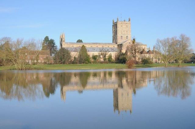 Tewkesbury Abbey and flooded Swilgate