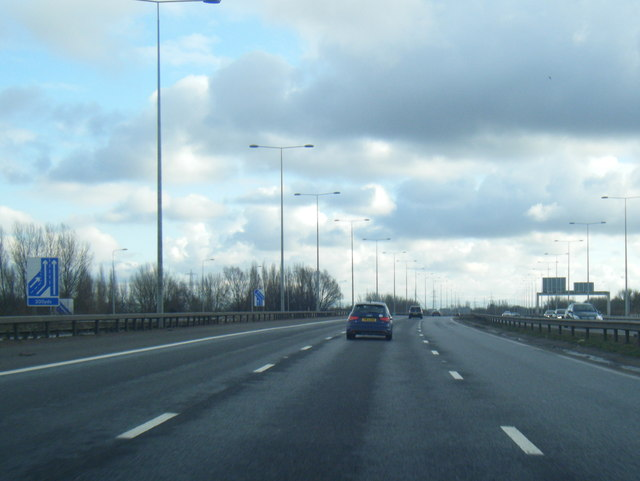 M60 anti-clockwise at Junction 7