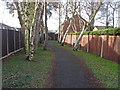SU8462 : Walkway, Owlsmoor by Alan Hunt