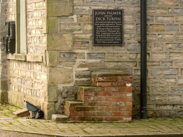 Mounting block at New Inn Manor, Widmerpool