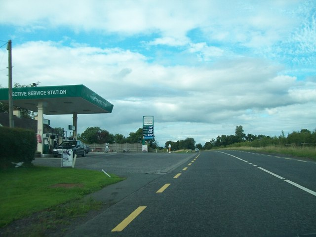 Bective Service Station on the R161 south of Navan