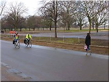 TQ2880 : Cyclists in Hyde Park by Oliver Dixon