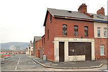 J3272 : Disused shop, Donegall Avenue, Belfast - 2014(1) by Albert Bridge
