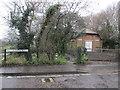 SU7507 : Footpath to Emsworth by Peter Holmes