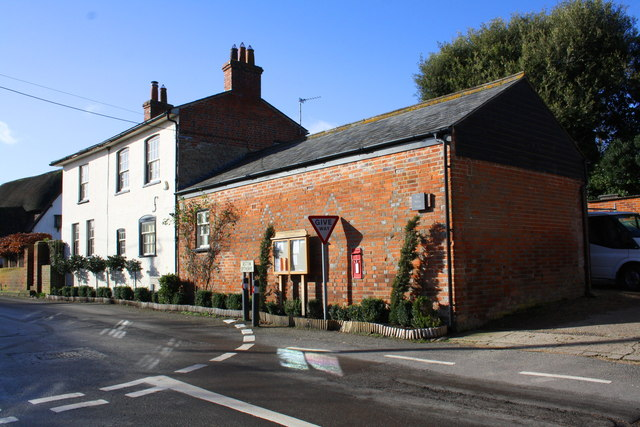 The White House, Fullers Road at The Croft junction