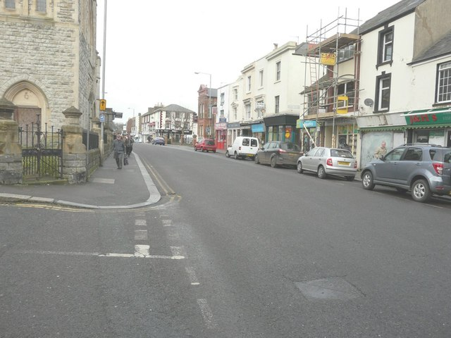 Looking north-northwest along the High Street (A256)