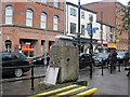 """SJ8498 : """"New Broom"""" sculpture, Manchester's Northern Quarter by Tricia Neal"""