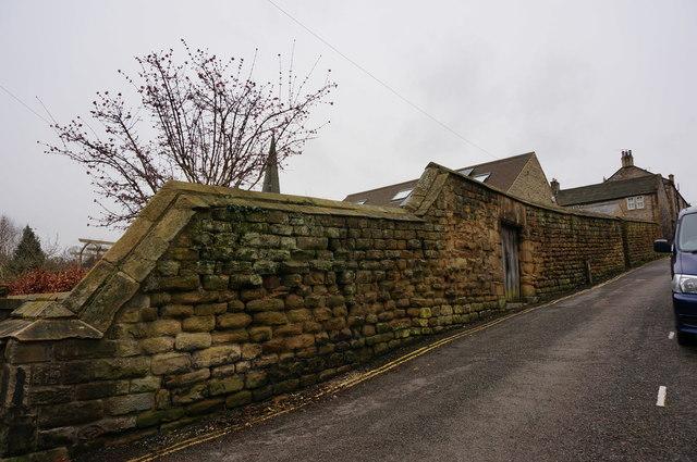 Bagshaw Hill, enclosure wall