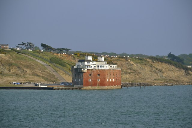 Fort Albert, Cliff's End, Colwell bay, Isle of Wight - 2