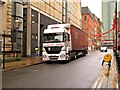 SJ8497 : Unloading by David Dixon