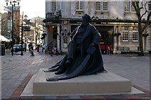 SU6400 : Statue of Charles Dickens by Peter Trimming
