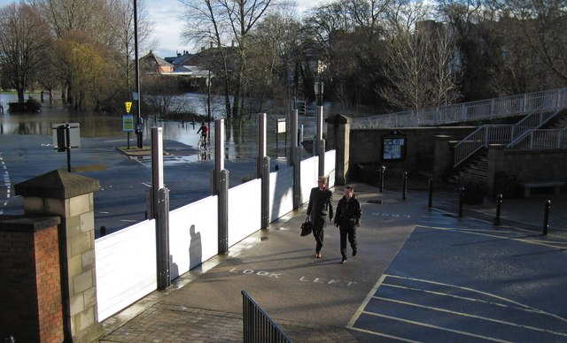Flood defences for the Guild Hall