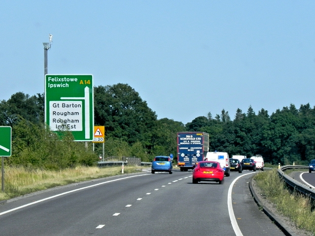 Eastbound A14 approaching Rookery Crossroads (Junction 45)