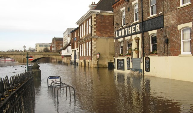 river ouse flooding in york  u00a9 dave pickersgill    geograph
