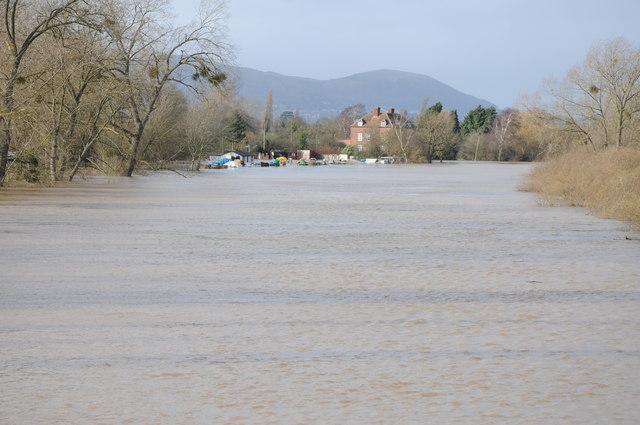 Flooded River Severn at Upton-upon-Severn