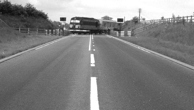 Kilmakee level crossing, Templepatrick (1983)
