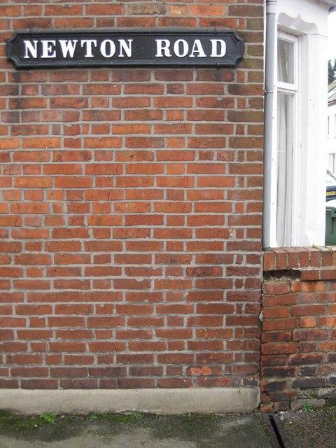 OS Benchmark, 135 Marlborough Rd, Oxford