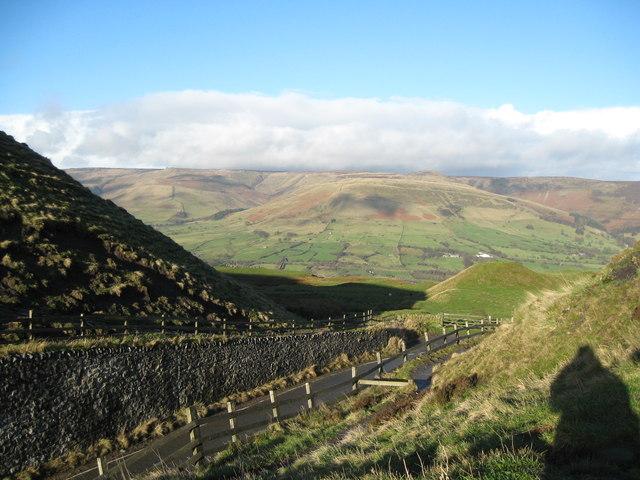 Northwards to Kinder-Mam Tor, Castleton, Derbyshire