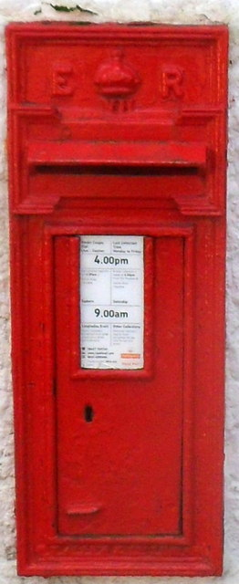 Edwardian postbox in Llanvair Discoed