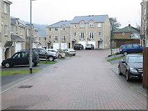 SE0726 : Heatherdale Close - Dyer Lane by Betty Longbottom