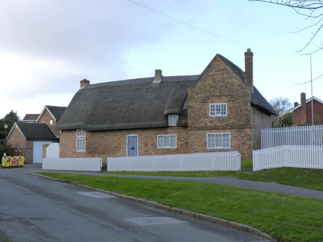 56 Village Road, Clifton