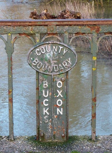 County boundary marker