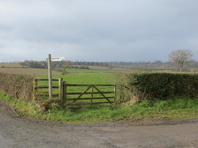Farm sign, Bidney