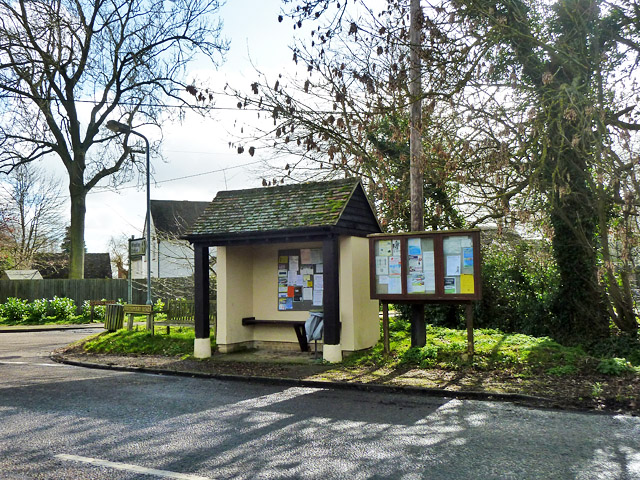 Bus shelter and noticeboards, Worminghall