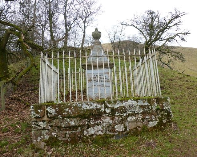 Martyr's Monument, Dalveen