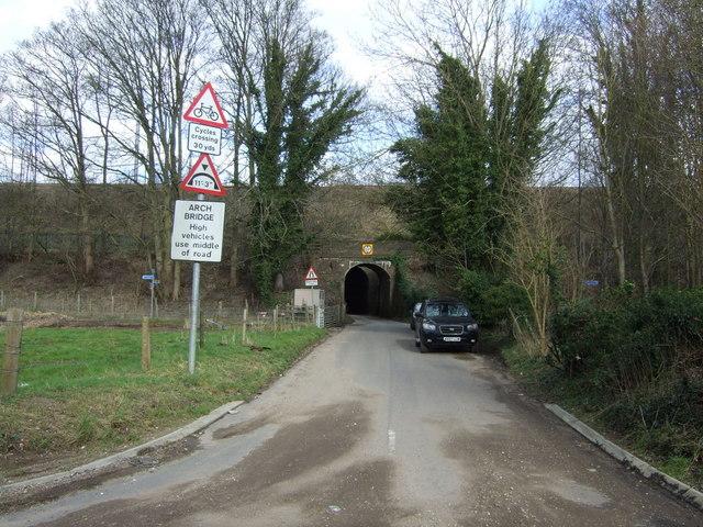 Lane towards Copt Hall