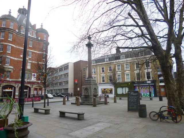 Shoreditch, column & fountain