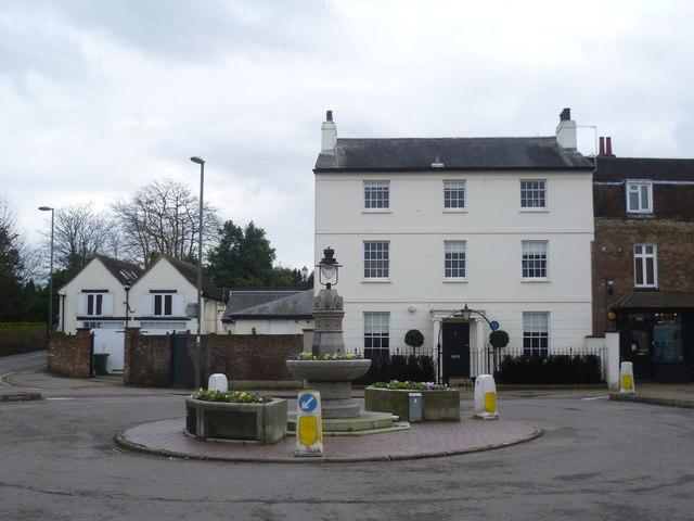 Picton House, Thames Ditton