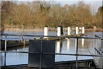 SU5980 : Working on the Lock by Bill Nicholls