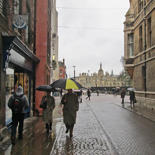 A rainy afternoon in Trinity Street